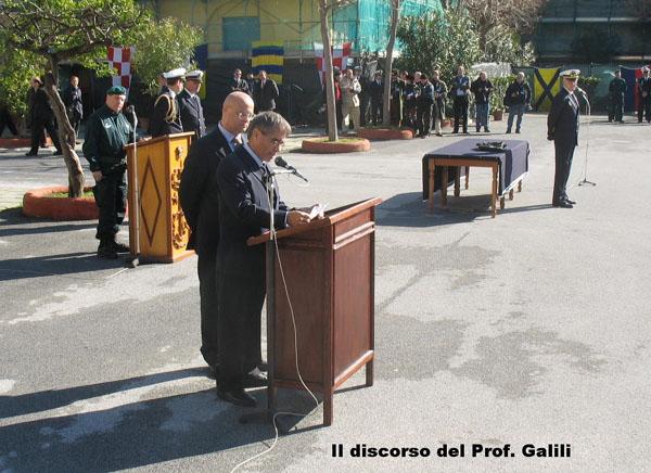פרופ' אודי גלילי מעניק בטקס רשמי בתחילת פברואר 2009 את הסנפירים ומערכת הנשימה למוזיאון הצבאי ברומא.