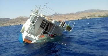 ester-shipwreck-eilat